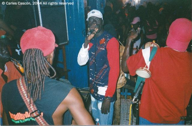 Ndongo Lô, en un concierto en Alizé unos dos meses antes de fallecer