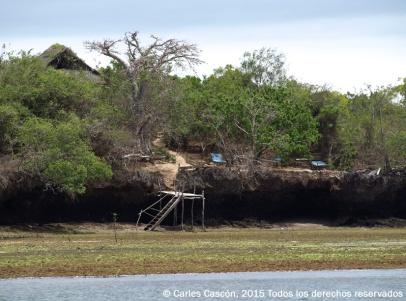 The Blue Monkey Cottages desde el mar