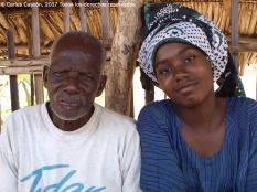 Padre e hija en Funzi
