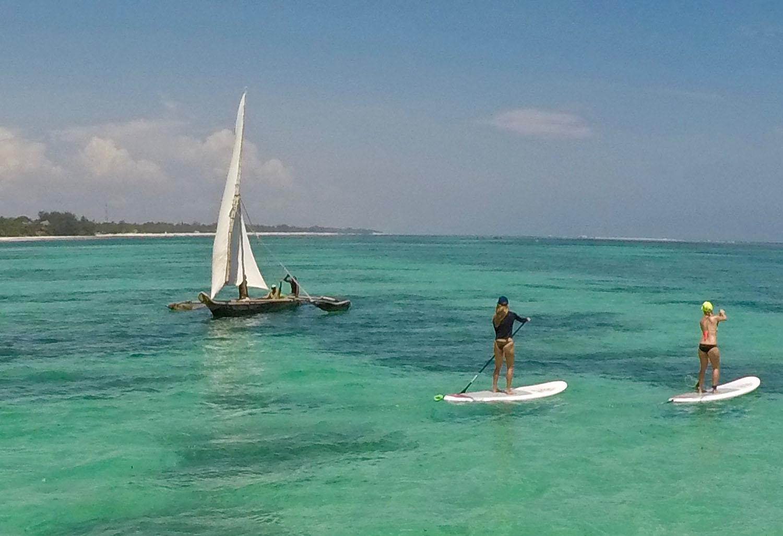 Paddle surf escuela H2O Extreme en Diani Beach Kenia